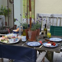 Alfresco and casual dining